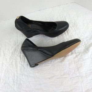 Vince Camuto Elmay Leather Round Toe Black Wedges